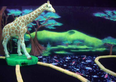 Safari en décor 3D fluo
